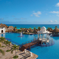 Now Sapphire Riviera Cancun Hotel